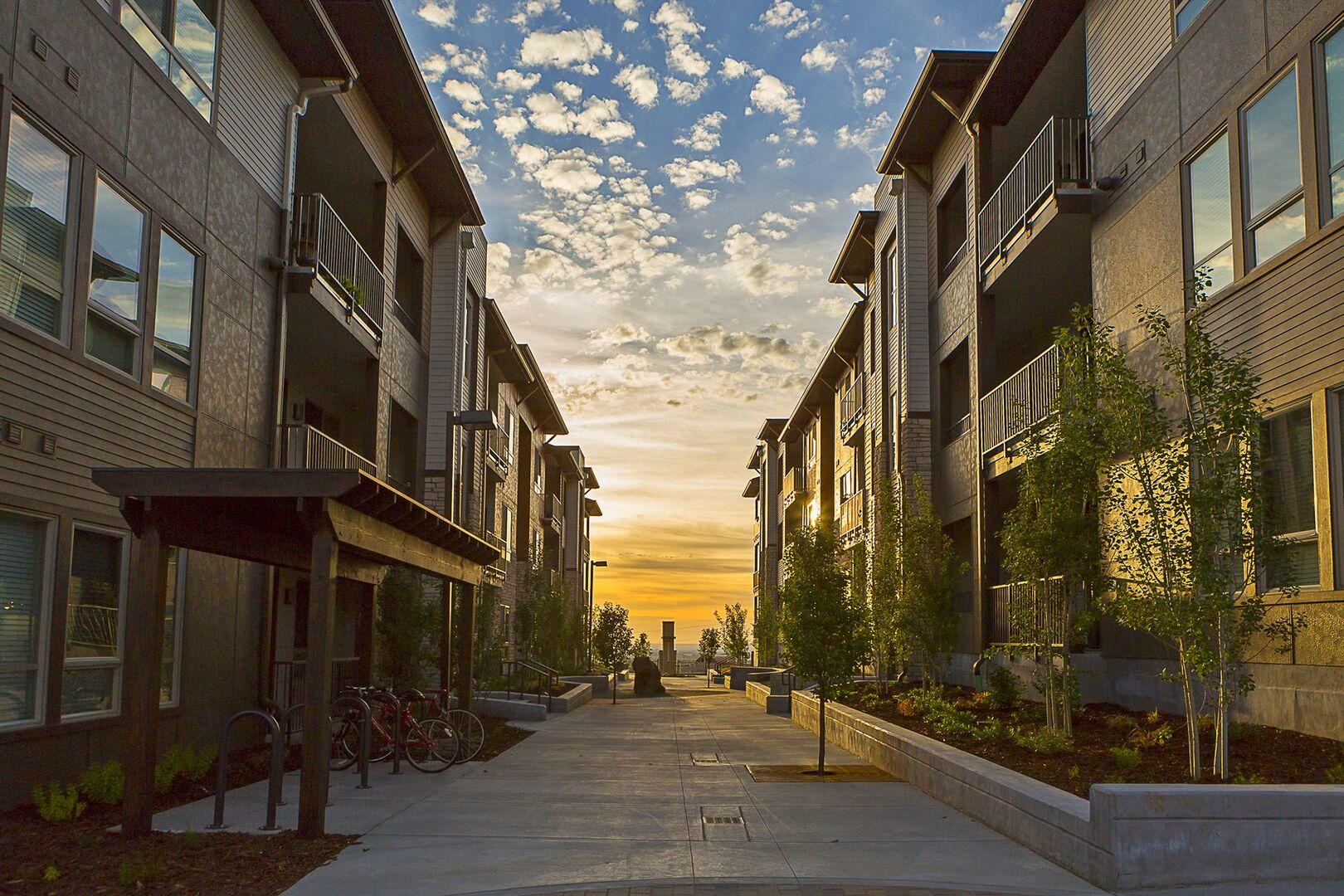 Golden Ridge Apartments Golden, CO | Outlook Golden Ridge Apartments