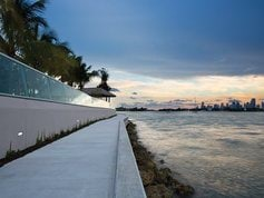 Take a stroll on the new baywalk along the Biscayne Bay