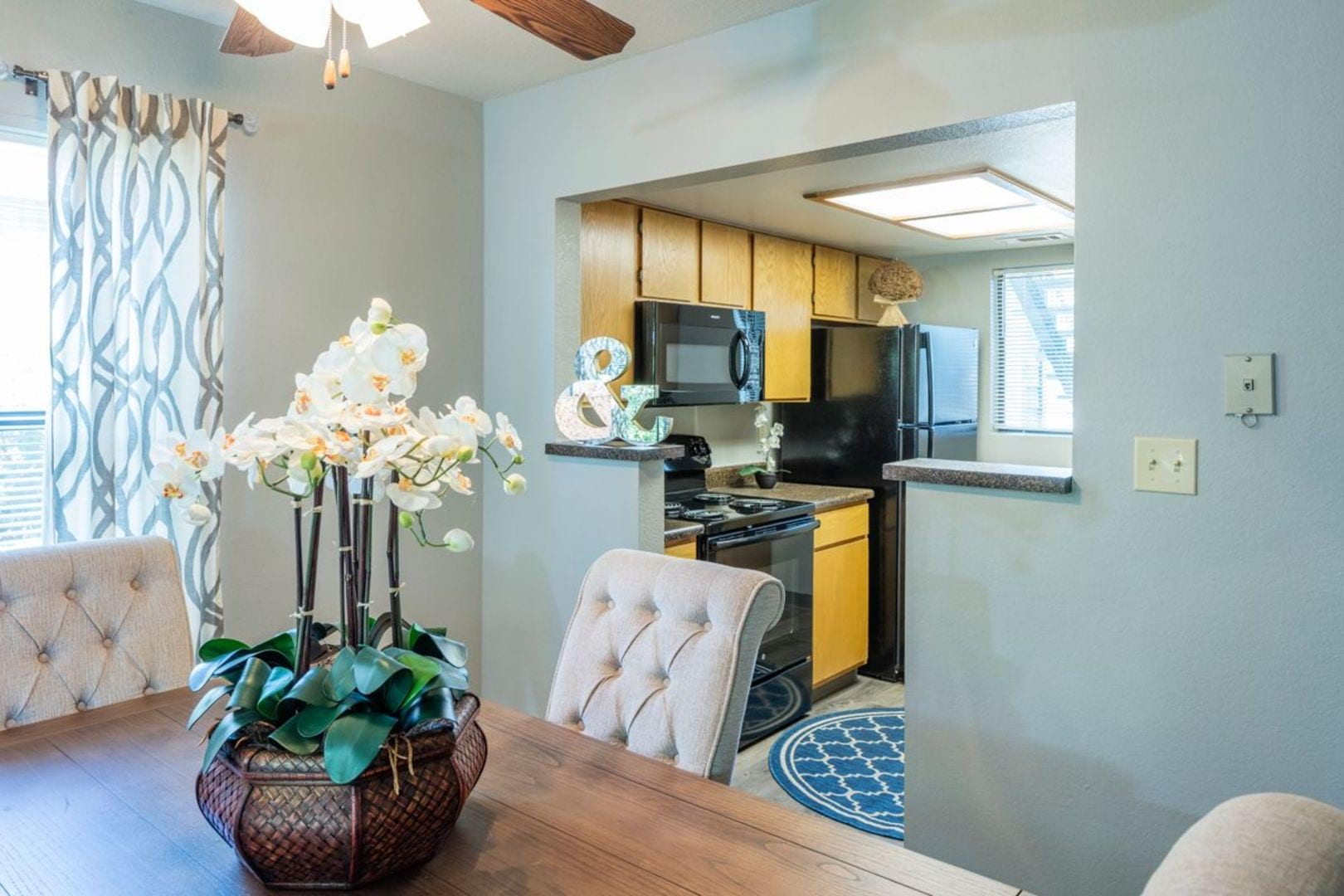 Apartments For Rent In Kansas City With Large Kitchens And Closets