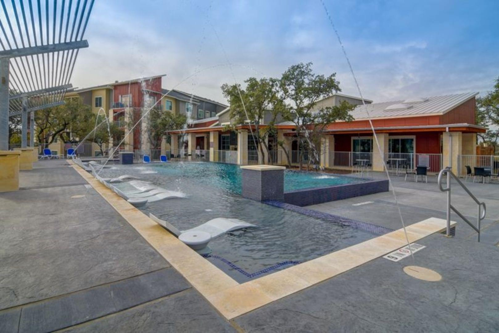 Photos Of Boardwalk Research Luxury Apartments Medical Center