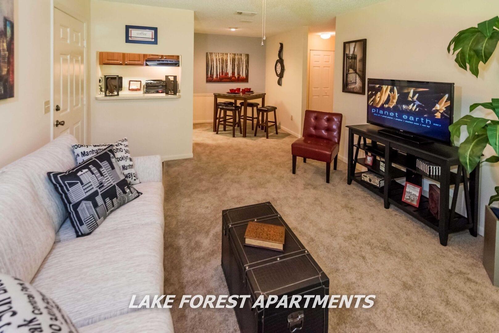 Lake Forest Apartments for Rent in Daytona Beach