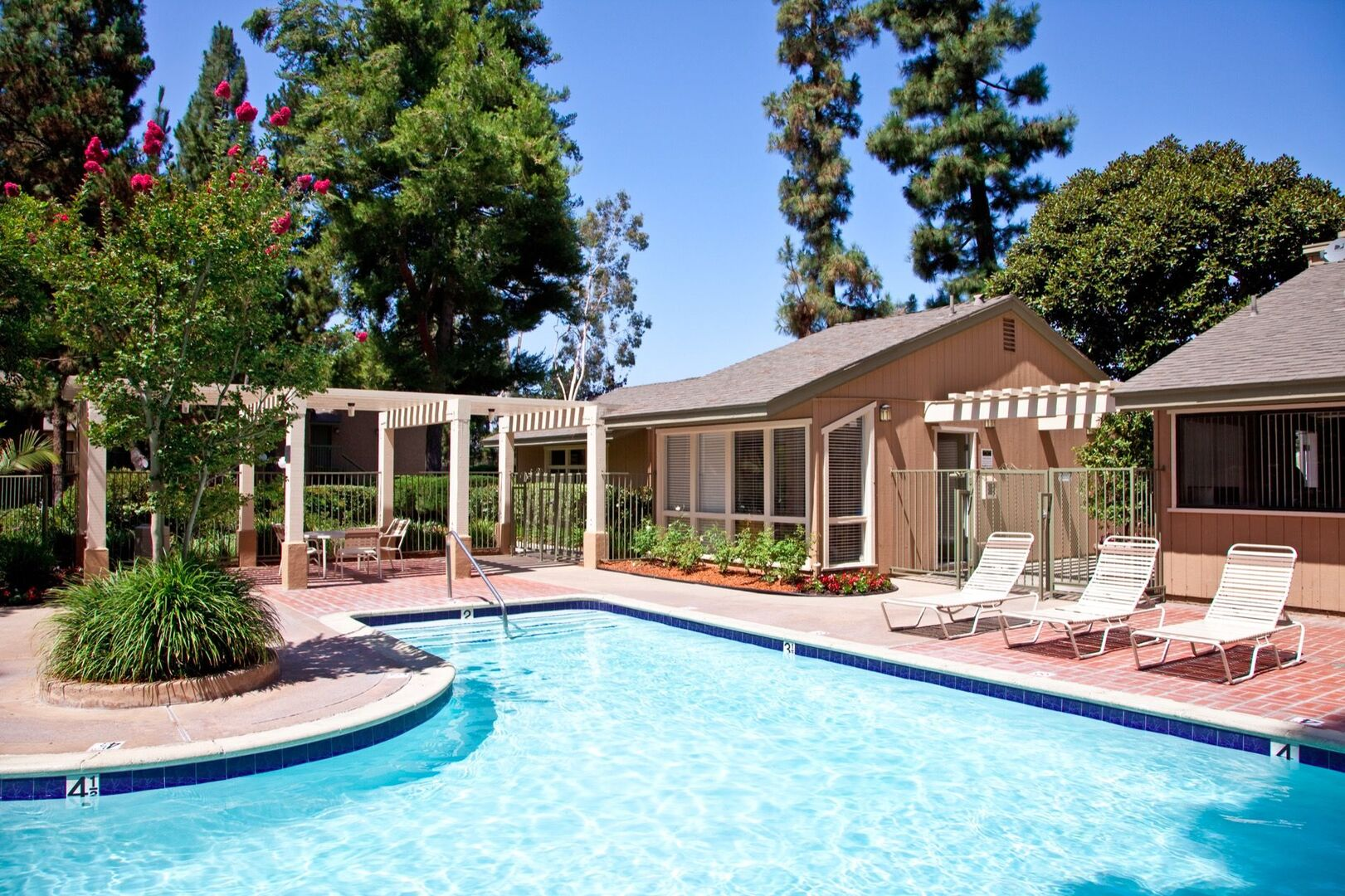 Photos Of Forest Glen Apartments For Rent In Lake Forest Ca