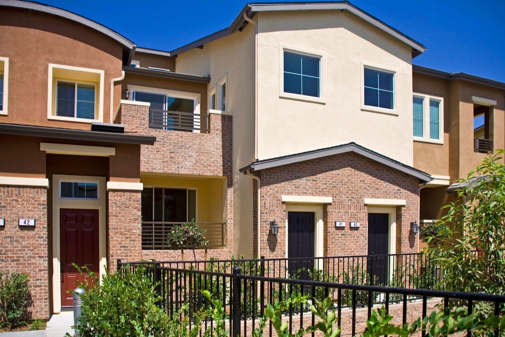 Townhomes for Rent in San Diego at Levanto | Lyon Living