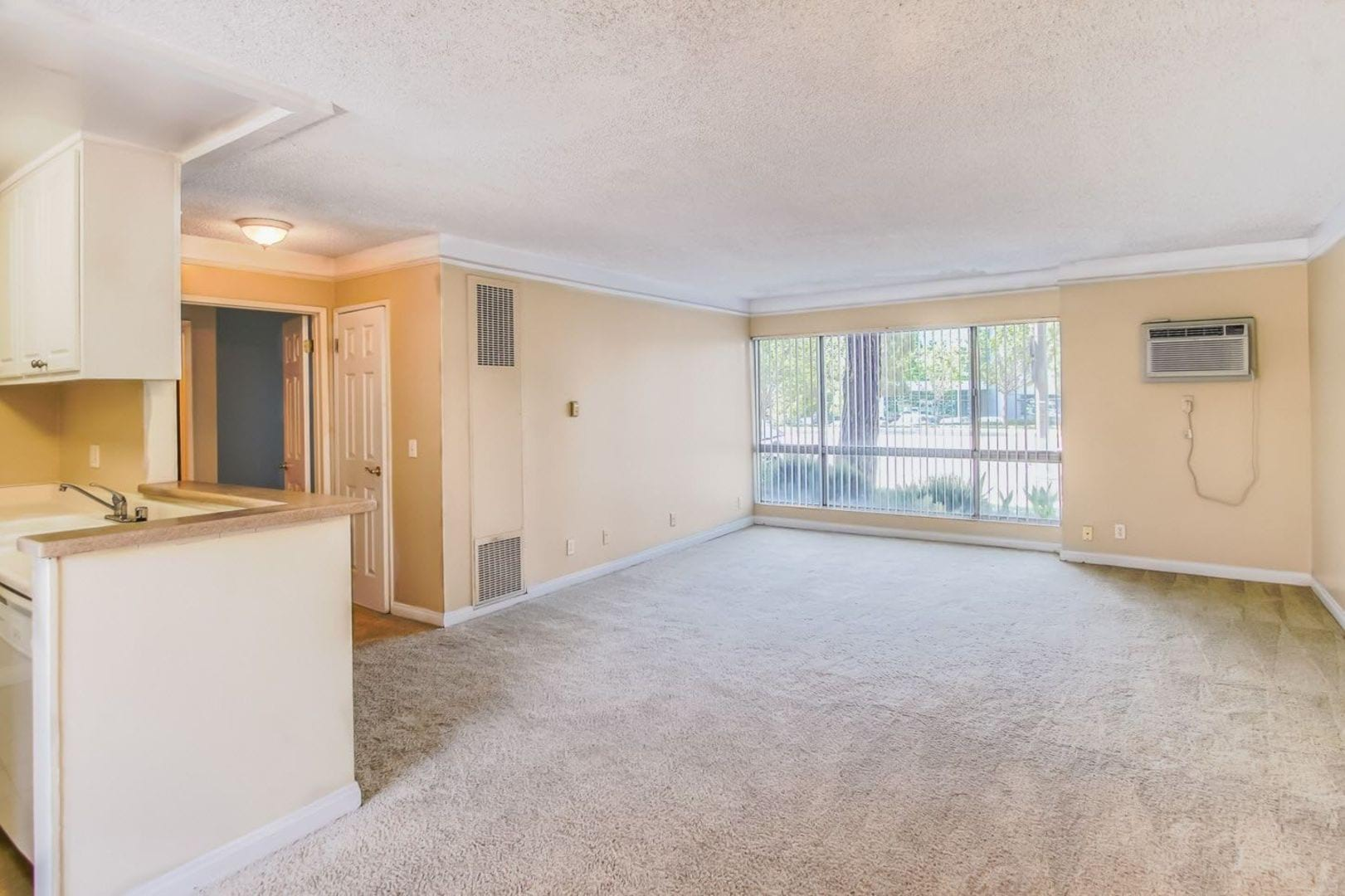 Apartments For Rent In Northridge Ca Cambridge On