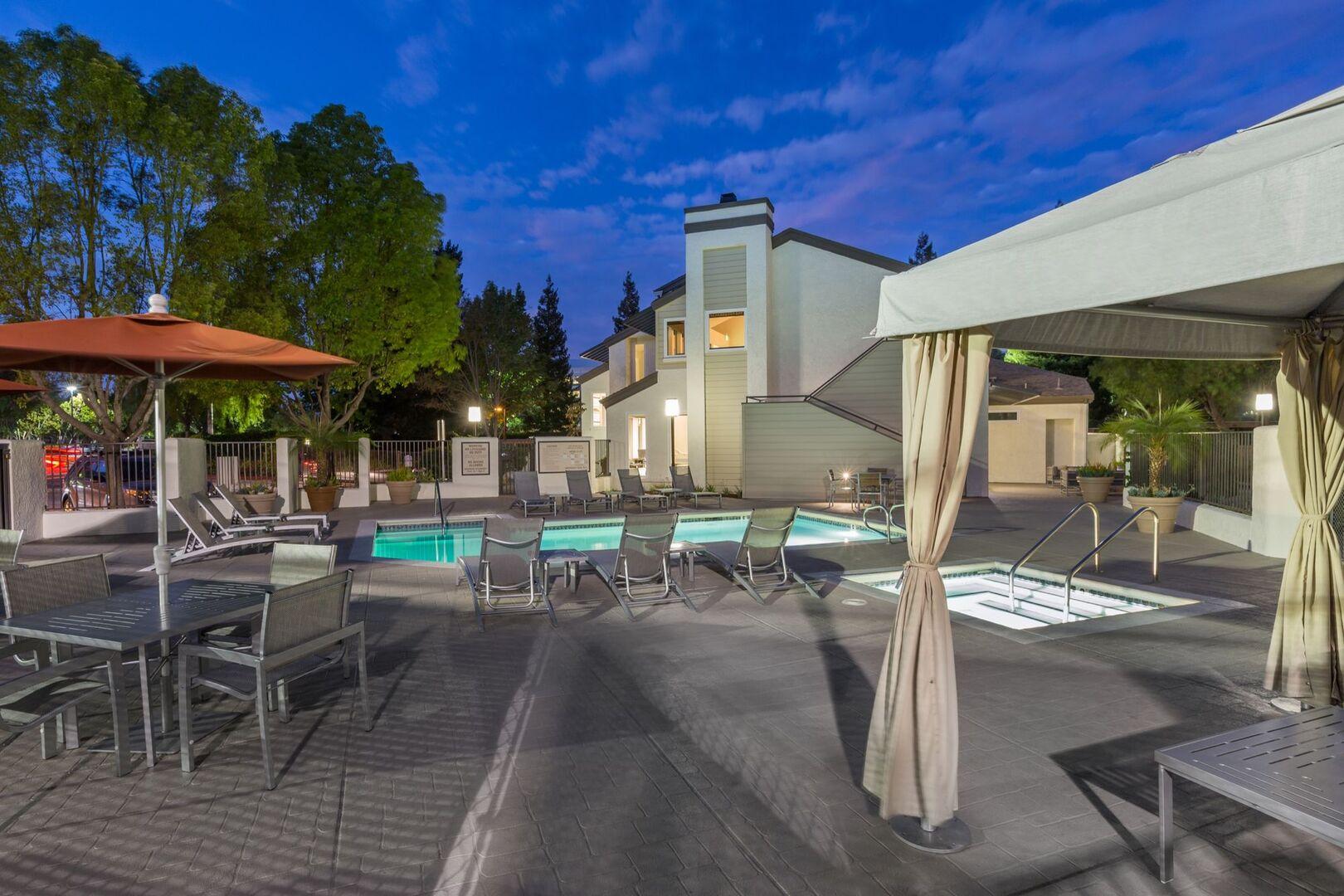 Photo Gallery of Stoneridge Apartments Pleasanton, CA