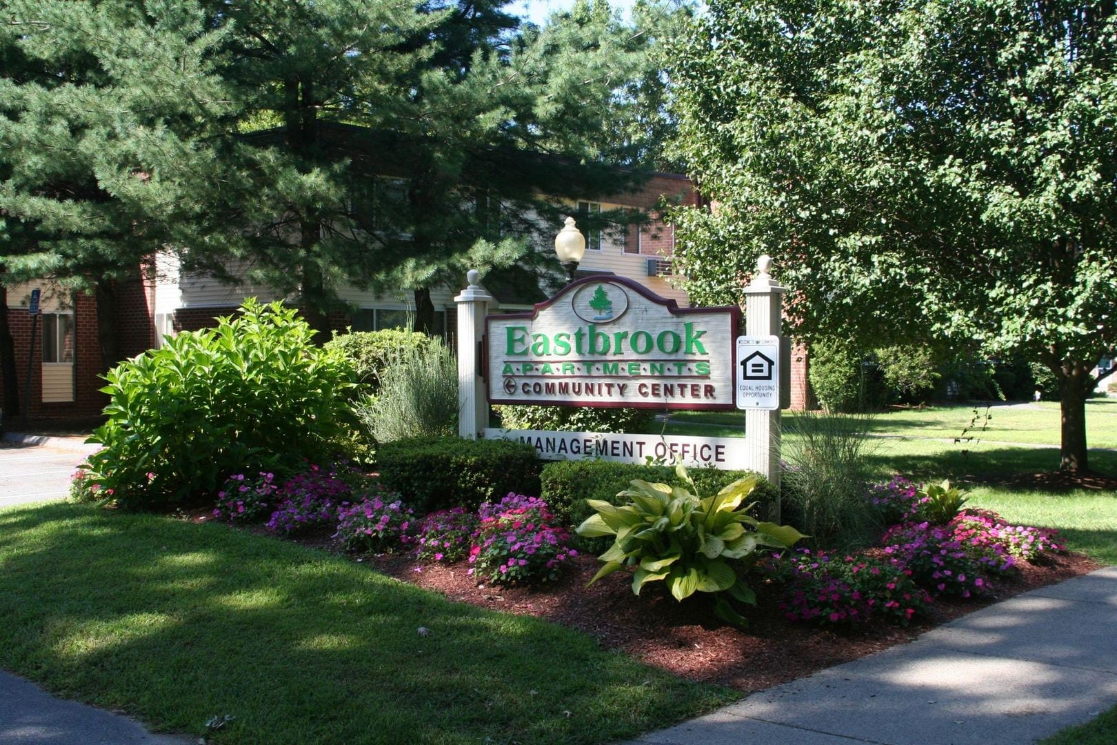 Eastbrook Apartments Photo Gallery   Springfield, MA ...