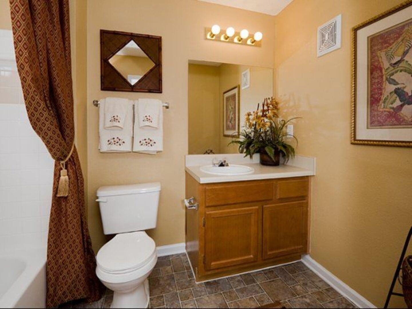 Apartments in Lawrenceville, GA | Holland Park