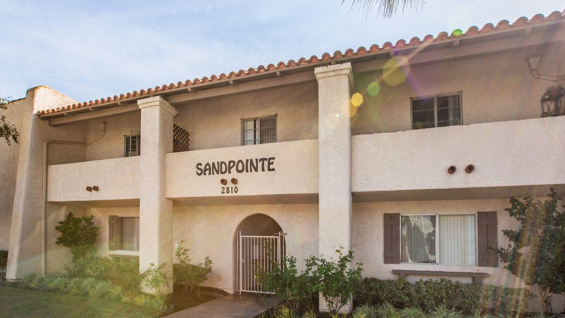 Huntington Beach Apartments at Sandpointe | Lyon Living