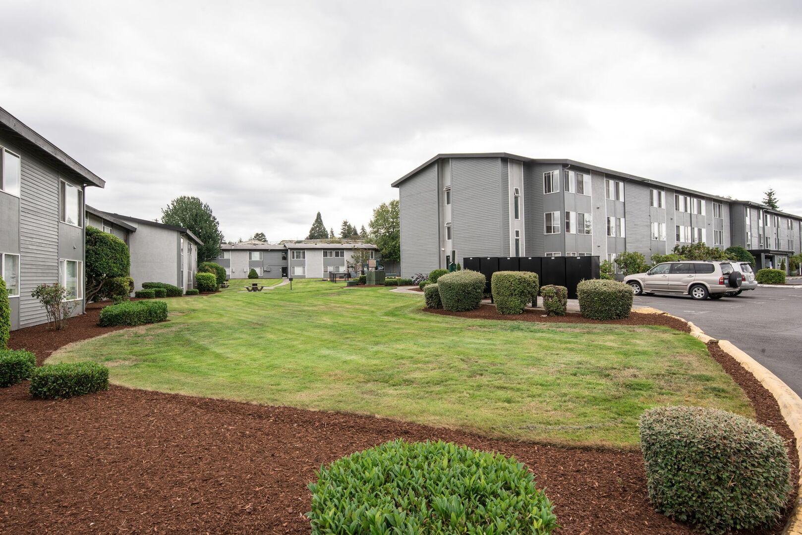 North Tacoma Apartments | Narrows Pointe | 2 and 3-Bedrooms