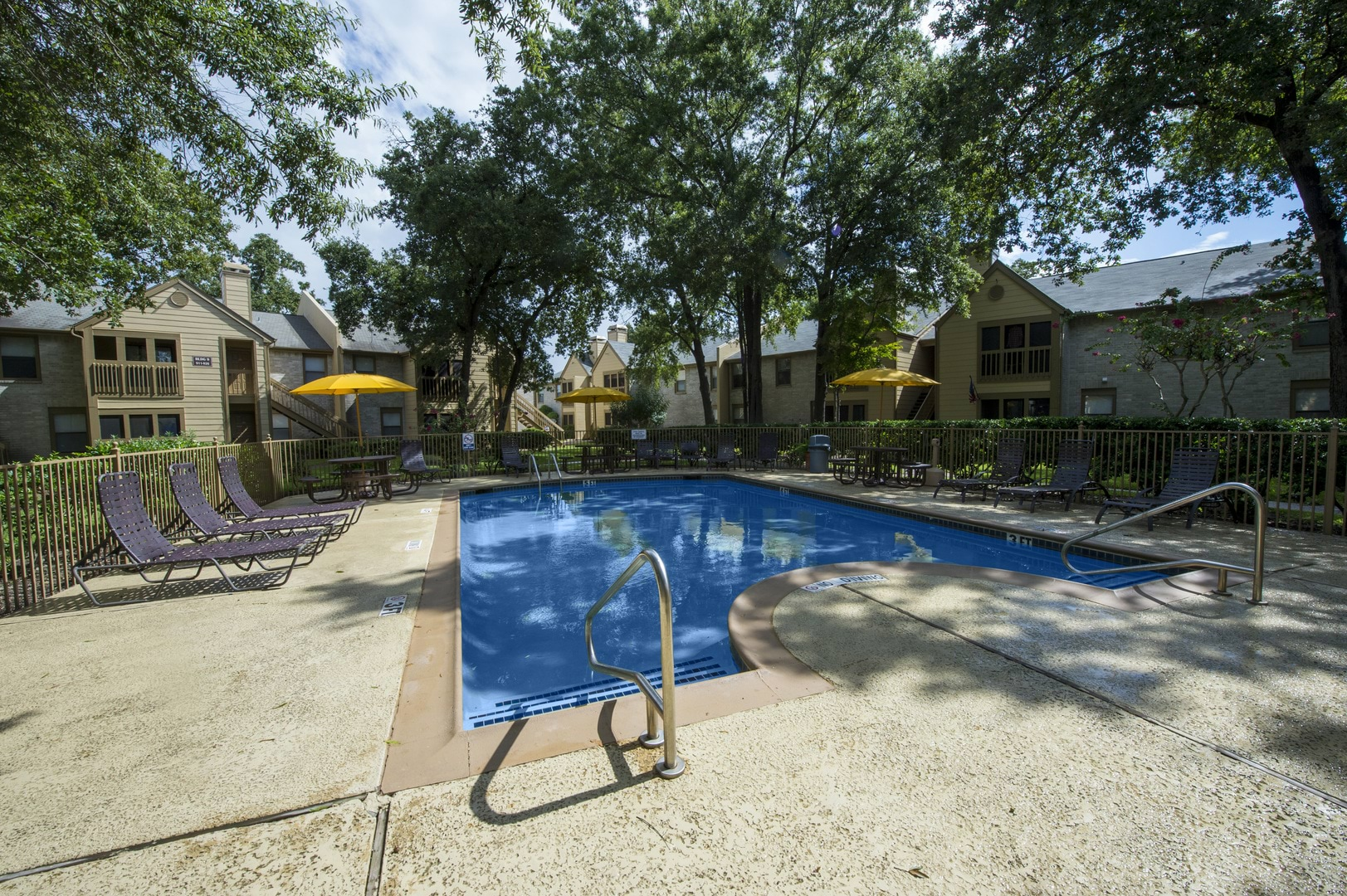 Apartments In Baytown Tx Raintree Apartments