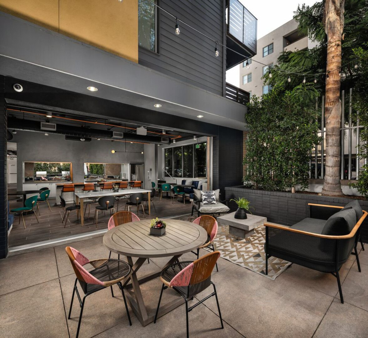 Apartments In Hollywood, CA