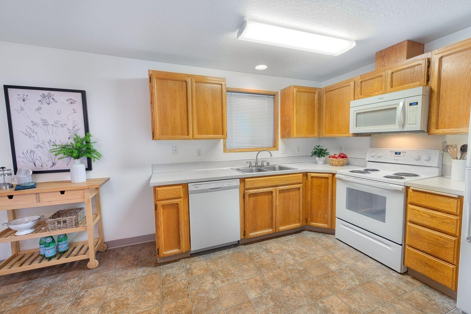 Apartments for Rent in Vancouver, WA   Summerfield - Home