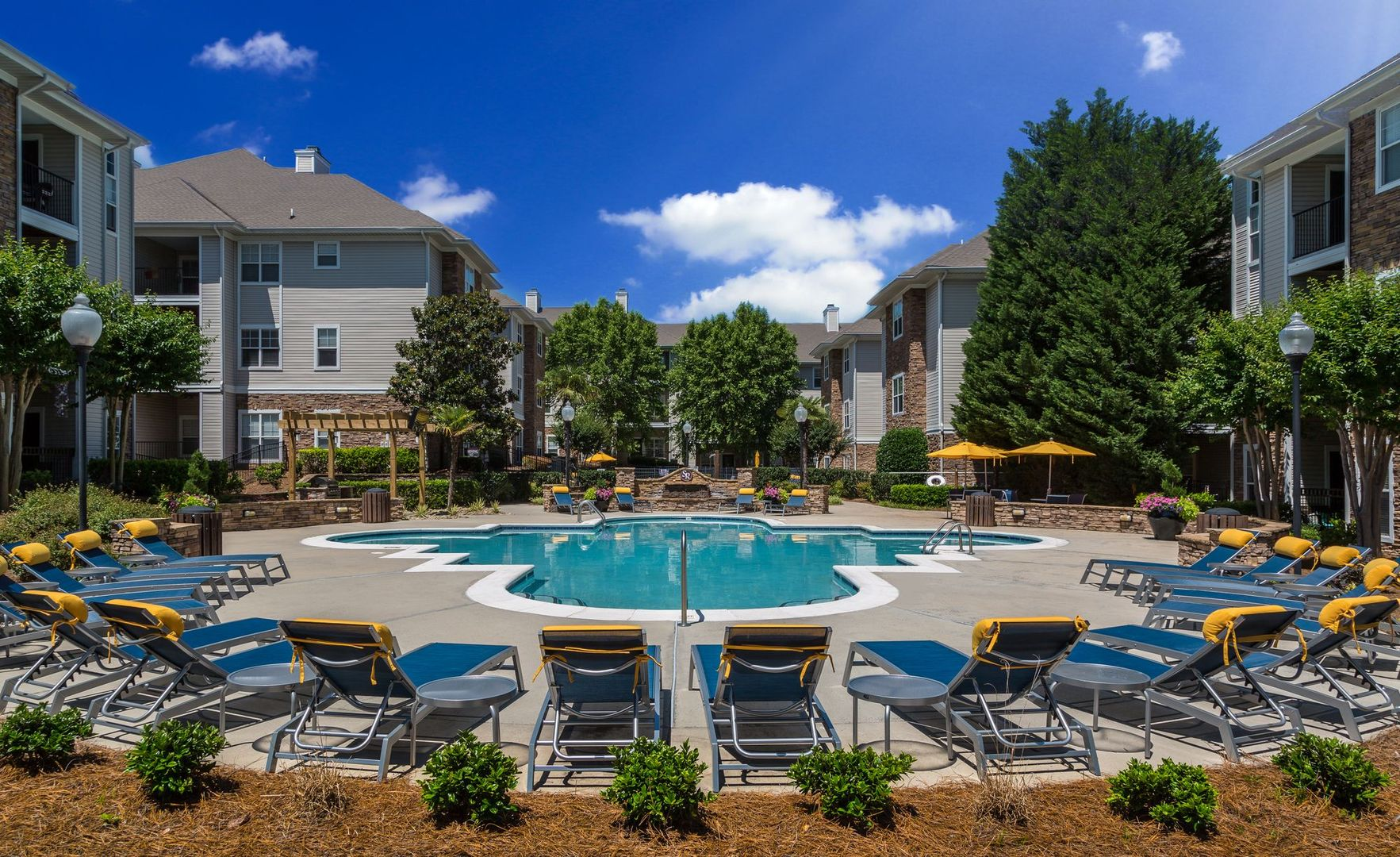 Apartments for Rent in Charlotte, NC | Stone Ridge - Home