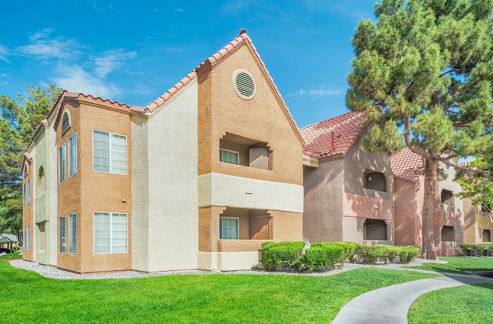 Apartments for Rent in Las Vegas, NV | Eagle Trace - Home