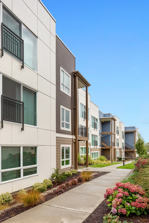 Altia Townhomes and Apartments for Rent in Lynnwood, WA