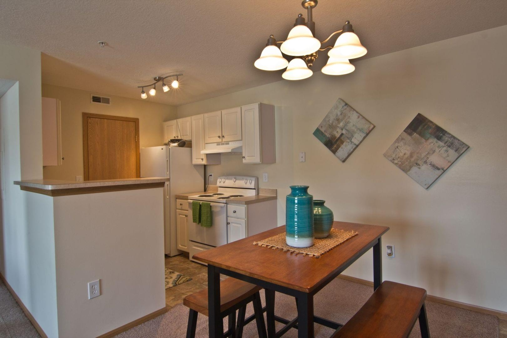 Apartments for Rent in Columbus, OH | RER - Residences At