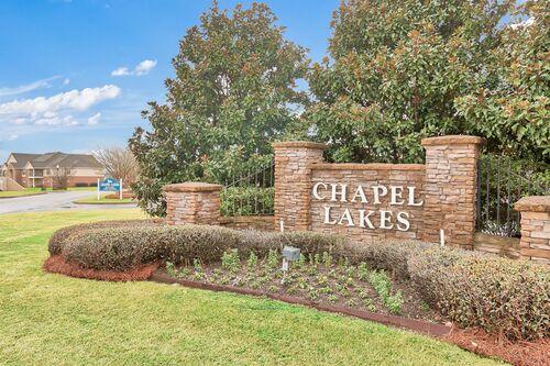 Chapel Lakes