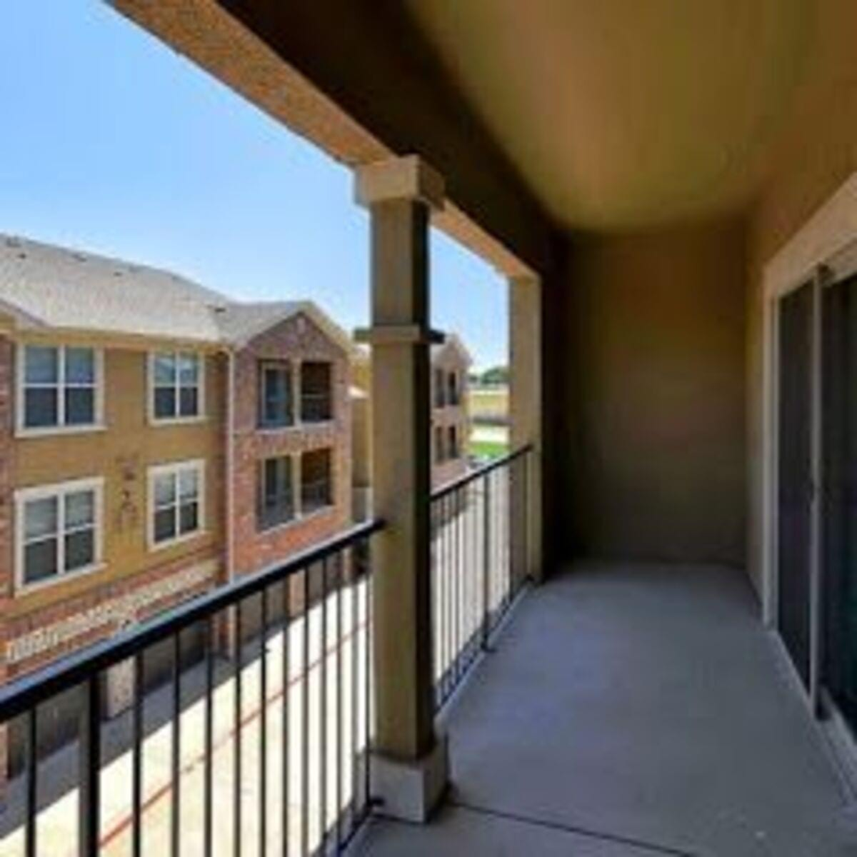 Lost Creek Apartments: Apartments For Rent In Grand Prairie, TX