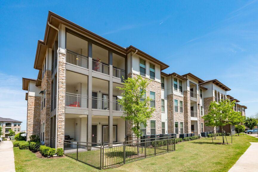 Apartments In Richmond Tx Grand Mason At Waterside Estates
