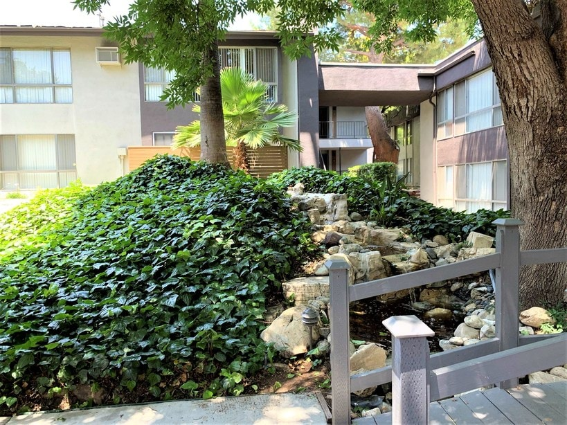 Apartments for Rent in Northridge, CA | Cambridge On Devonshire