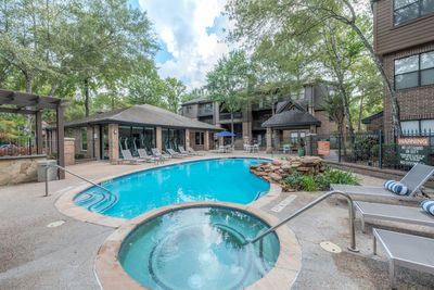 luxury apartments for rent near me in the woodlands, TX; best apartments in the woodlands; apartments oak ridge north