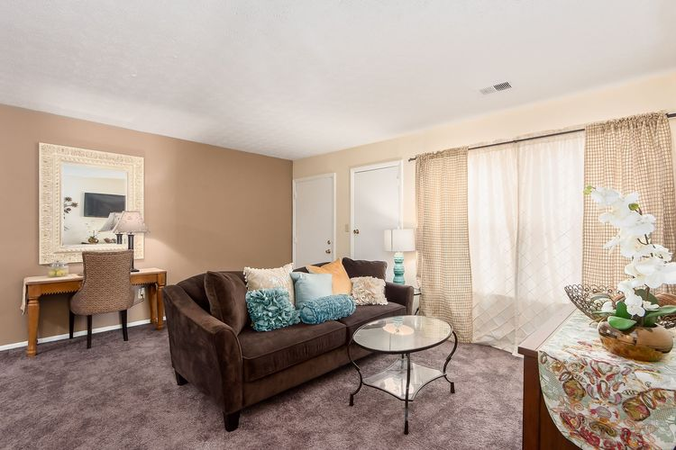 Lake Eden Apartments and Townhomes