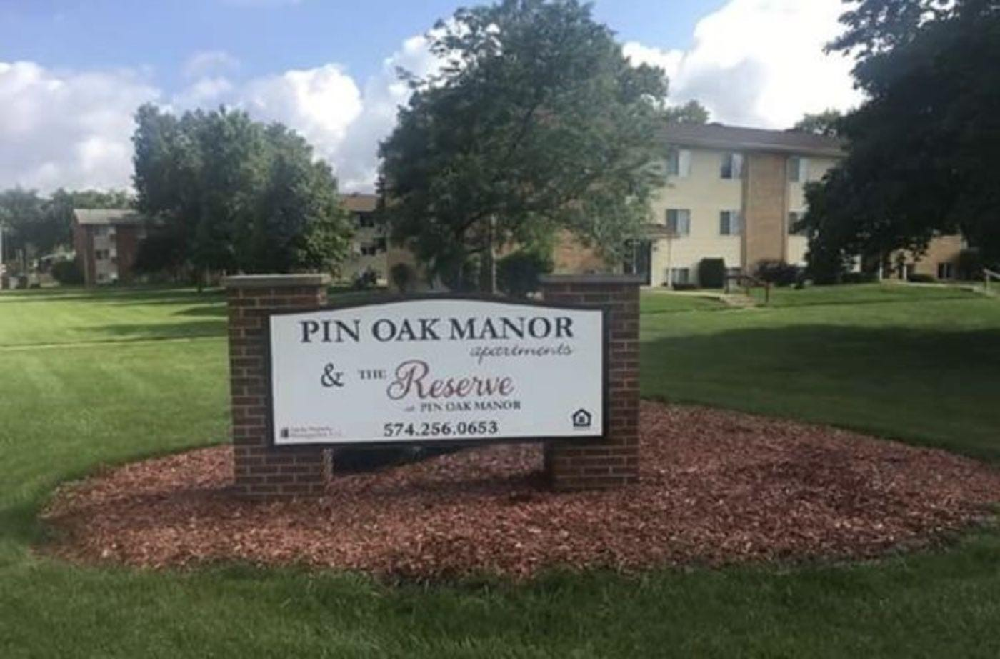 Pin Oak Manor
