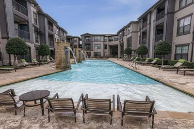 luxury apartments for rent near me in Dallas, TX; best apartments in Dallas; apartments Dallas