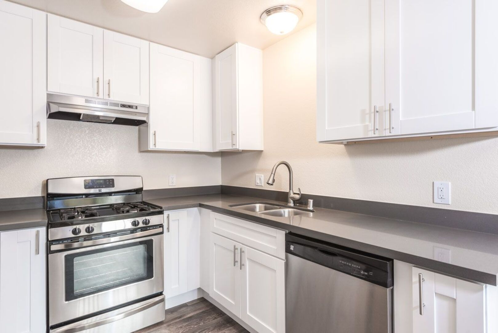 Crossbrook Apartments Apartments For Rent In Rohnert