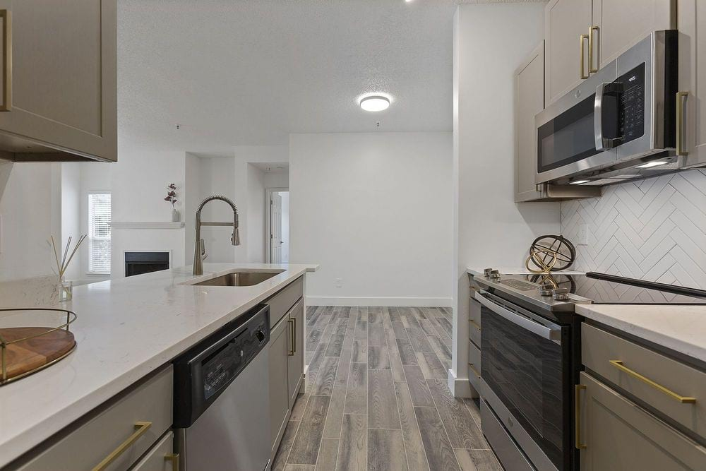 luxury apartments for rent near me in Raleigh, NC; best apartments in Raleigh; Raleigh apartments