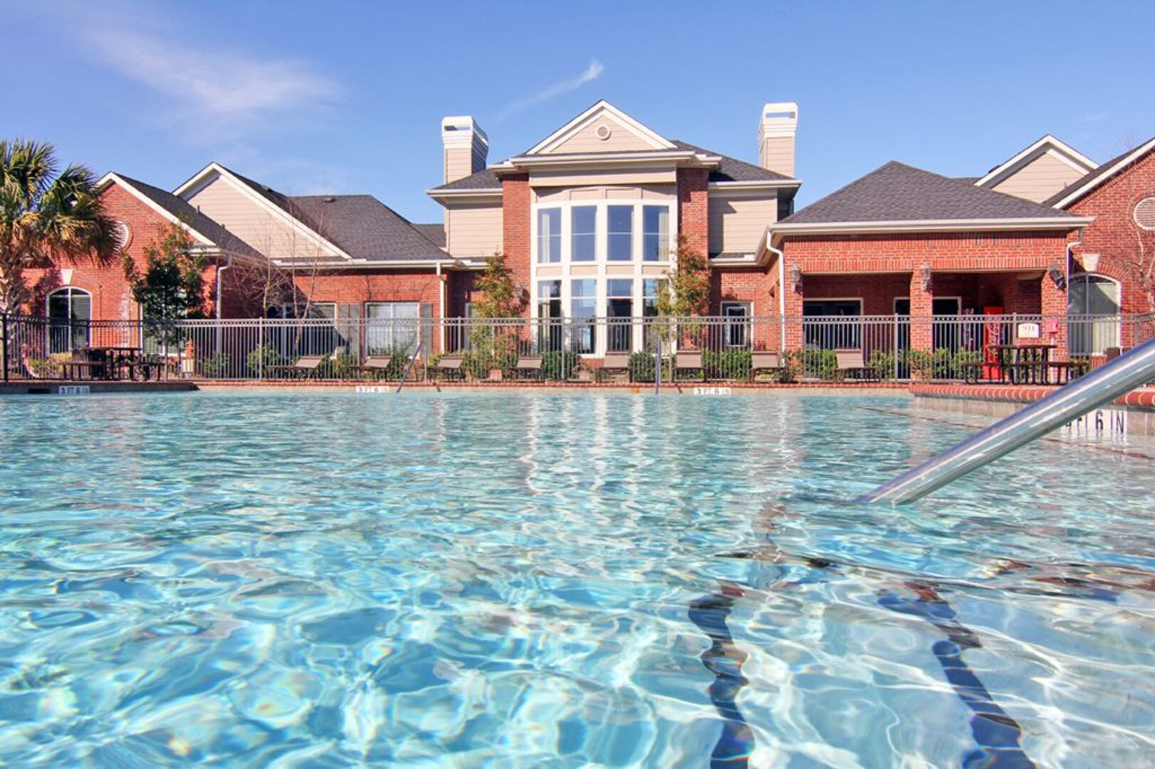Windshire Apartments | Affordable Living in Pasadena, TX