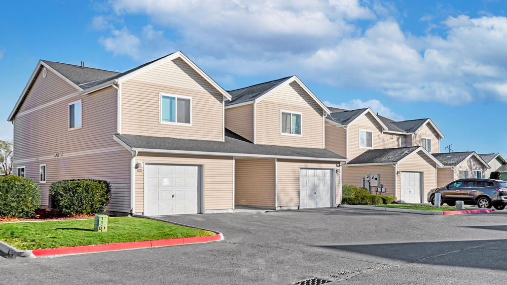 Sunridge Townhomes
