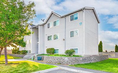 Lakeland Pointe Apartments