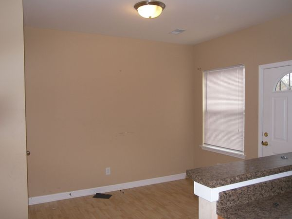 Nashville, TN - Town House - $875.00