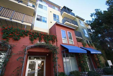 Living at Santa Monica - Verona - Santa Monica, CA ...