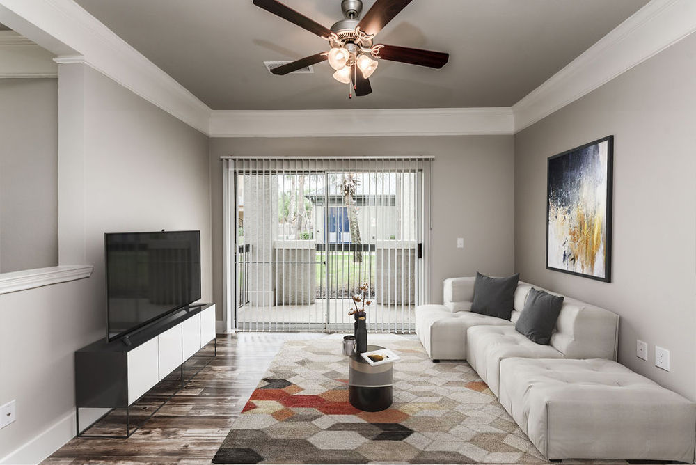 luxury apartments for rent near me in webster tx; best apartments in webster; south houston apartments, trinity bay apartments