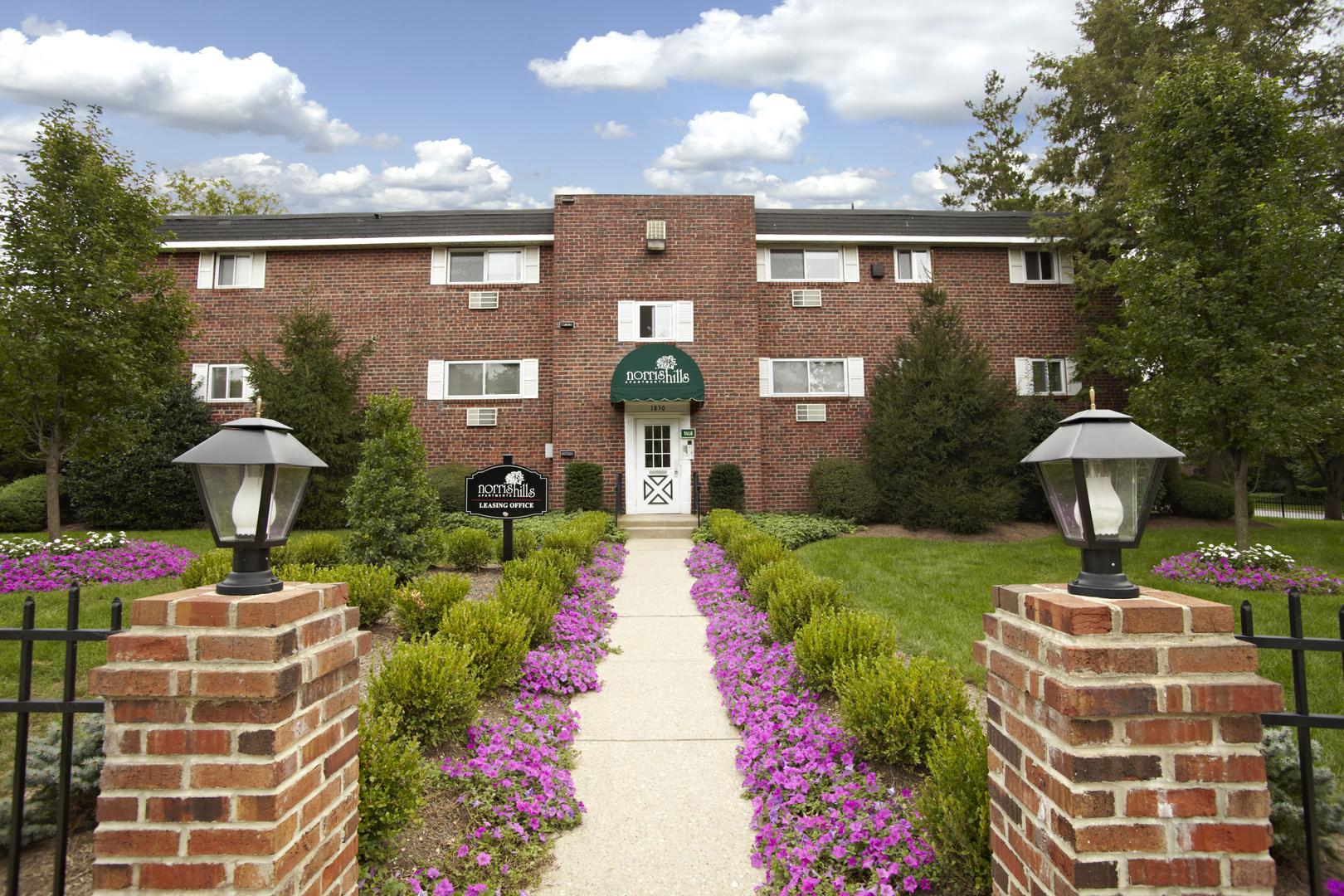 Bon Norris Hills Apartments | Norristown, PA