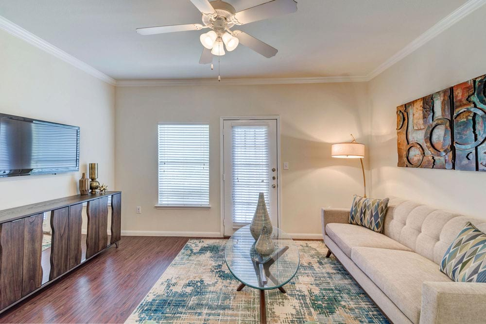 luxury apartments for rent near me in katy tx; best apartments in katy; vineyards katy