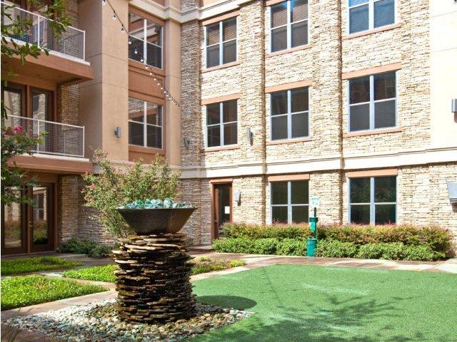 Allegro Addison Circle - Addison, TX Apartments for rent