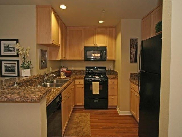Apartment for Rent in Valley Village