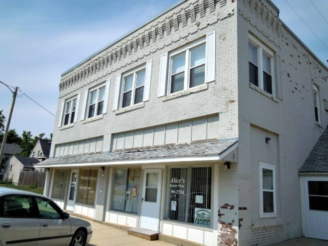 2202 Broadway St Granger IA Home for Lease