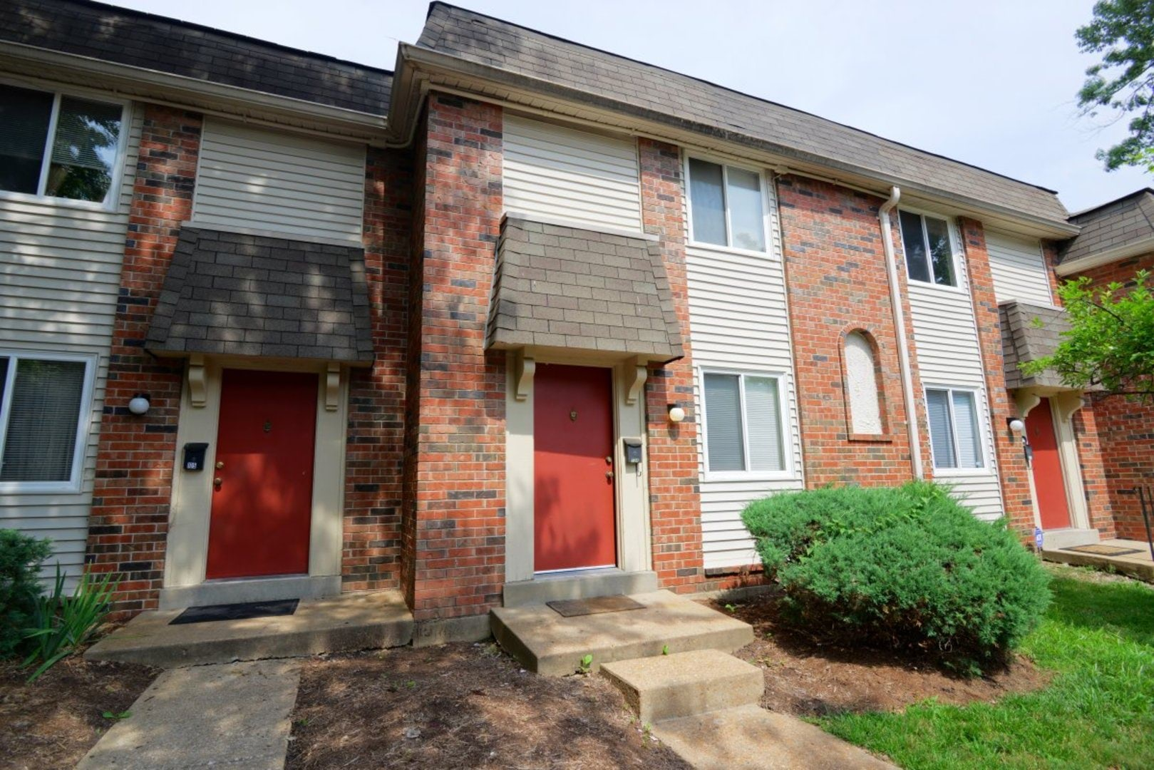 Park Meadows Apartments in Manchester, MO