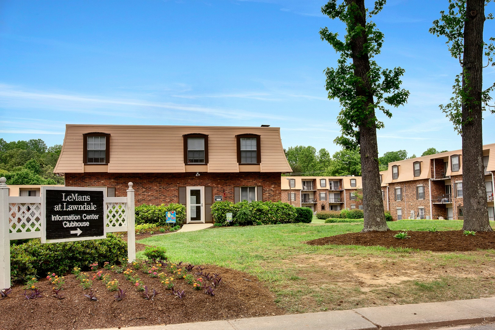 Apartments For Rent In Greensboro Nc Lemans At Lawndale